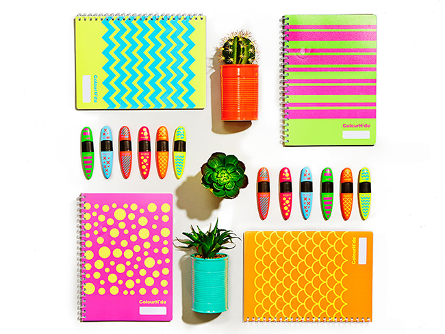 Designidentity_flat_lay_styled_stationary_pens